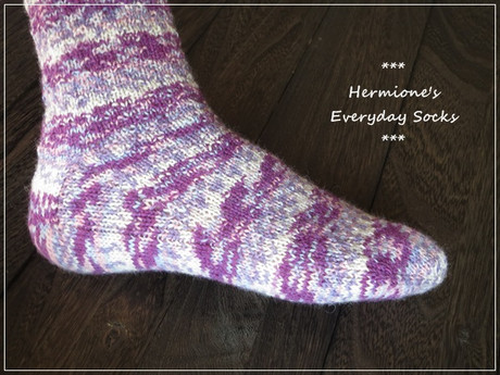 Hermiones_everyday_socks_4